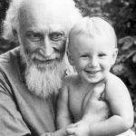 Srpen 1957. V Kyjevě s vnukem Michailem.