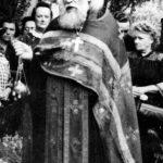 Konec července 1961, Praha. Pohřeb Olgy Vasiljevny Vasněcovové (zemřela 27. července 1961).